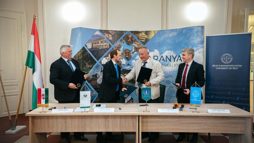 Együttműködési megállapodást kötött a megyei önkormányzat, az agrárkamara és a PTE