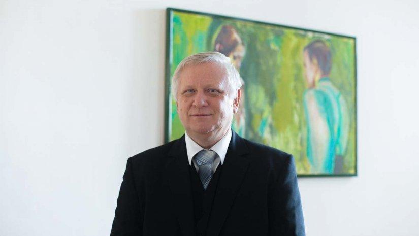 Rektorjelölt: Gábriel Róbert, a TTK dékánja