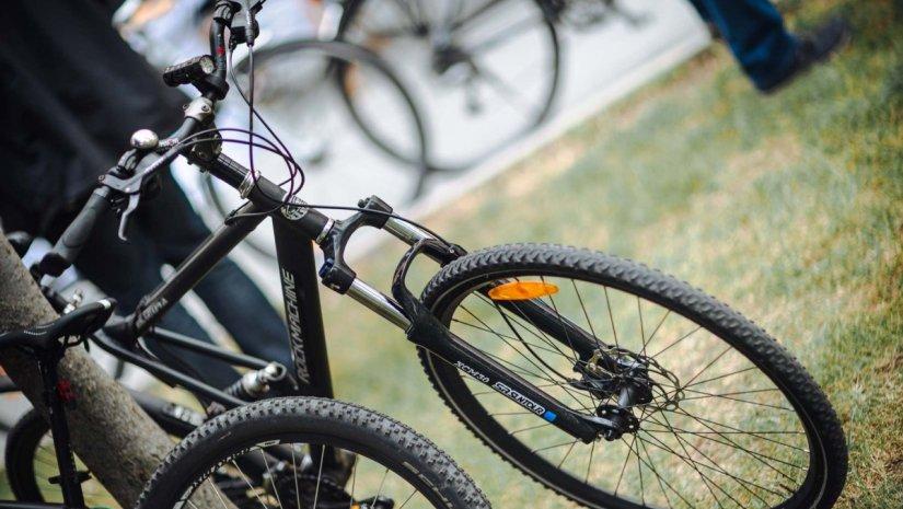 Biciklis reggeli a biztonságért