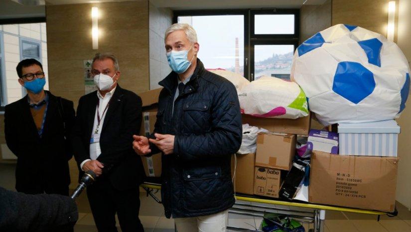 Többmilliós adomány az egészségügyi dolgozóknak
