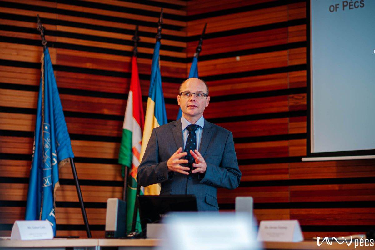 Prof. József Betlehem Vice Rector (Photo: Szabolcs Csortos)