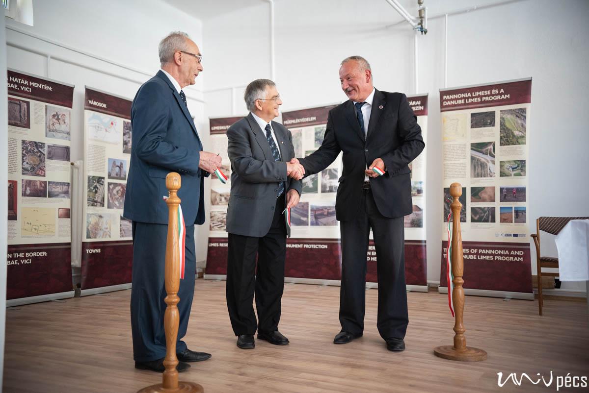Új kutatóközpontot avattak a PTE-n